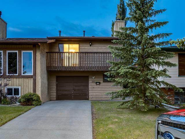 232 Maunsell Close NE, Calgary, AB T2E 7C2 (#C4302894) :: Canmore & Banff
