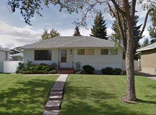 2803 43 Street SW, Calgary, AB T3E 3N6 (#C4305385) :: Redline Real Estate Group Inc