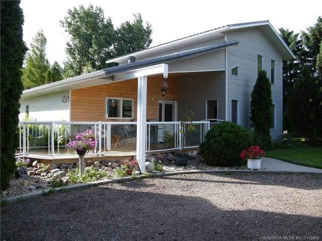 A & B 190039 RR142, Rural Newell County, AB T1R 1B6 (#SC0173063) :: The Cliff Stevenson Group