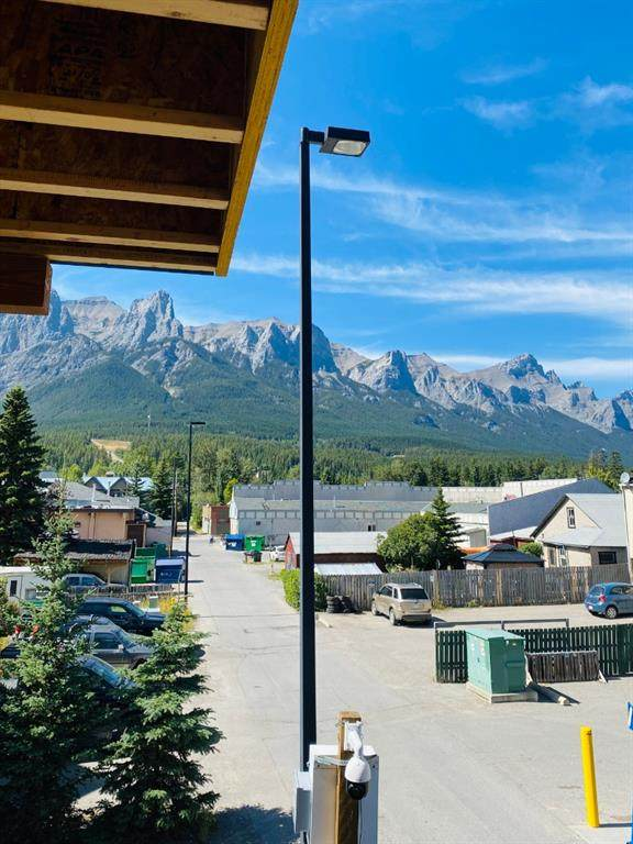 810 7th Street #207, Canmore, AB T1W 2C8 (#A1027645) :: Redline Real Estate Group Inc