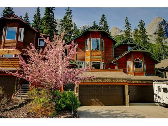 1073 Lawrence Grassi Ridge, Canmore, AB T1W 3C5 (#C4104593) :: Canmore & Banff