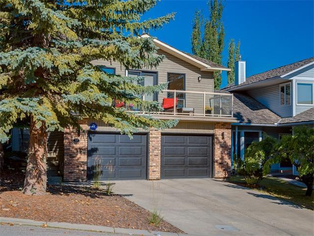 12 Stratton Hill Rise SW, Calgary, AB T3H 1X7 (#C4134511) :: Redline Real Estate Group Inc