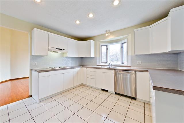 11 Diamond Terrace SE, Calgary, AB T2J 7A9 (#C4137565) :: Redline Real Estate Group Inc