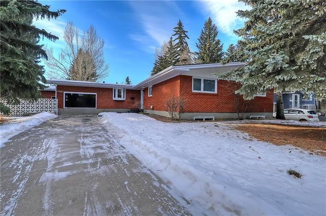 2940 University Place NW, Calgary, AB T2N 4H5 (#C4146812) :: Redline Real Estate Group Inc