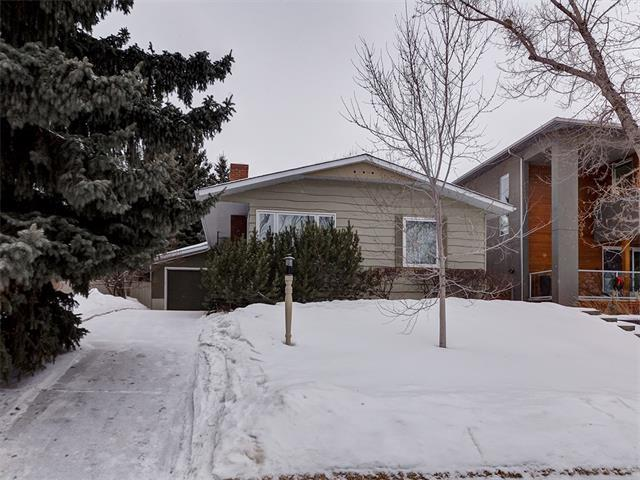 2219 Chicoutimi Drive NW, Calgary, AB T2M 4N3 (#C4161372) :: The Cliff Stevenson Group
