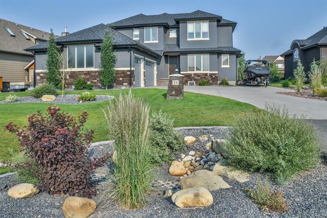 25 Cimarron Estates Link, Okotoks, AB T1S 0C6 (#C4164466) :: Redline Real Estate Group Inc
