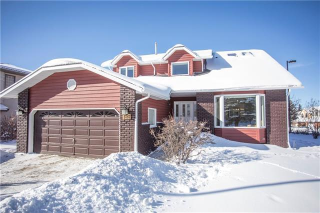 153 Edgeview Road NW, Calgary, AB T3A 4V1 (#C4165152) :: The Cliff Stevenson Group