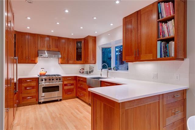 1303 70 Avenue SW, Calgary, AB T2V 0R2 (#C4186449) :: Tonkinson Real Estate Team