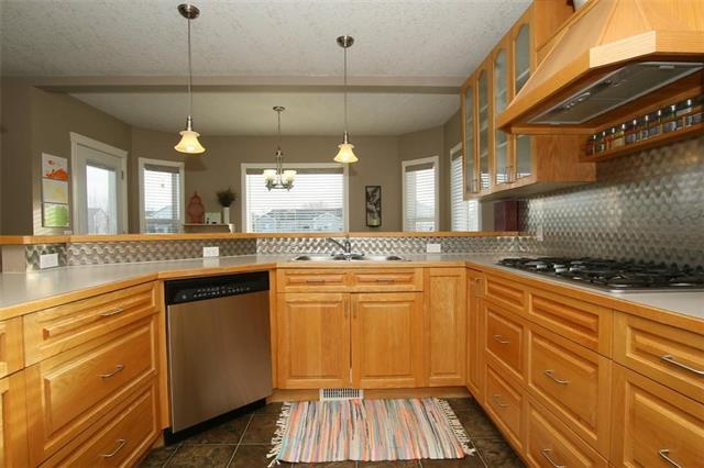 427 Lineham Acres Drive NW, High River, AB T1V 1W6 (#C4188701) :: Your Calgary Real Estate