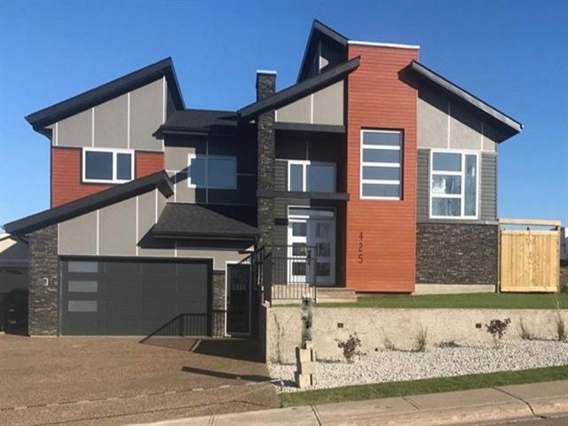 425 Beacon Hill Drive, Fort Mcmurray, AB T9H 2R7 (#C4192103) :: Calgary Homefinders
