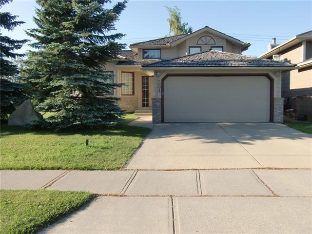 381 Sunmills Drive SE, Calgary, AB T2X 2T5 (#C4193971) :: Tonkinson Real Estate Team