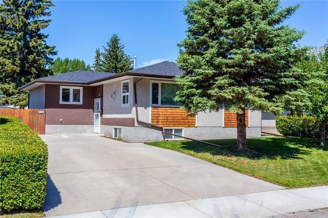 4819 Carney Road NW, Calgary, AB T2L 1E6 (#C4195111) :: Carolina Paredes - RealHomesCalgary.com