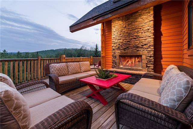 46 Fawn Hills Drive, Bragg Creek, AB T0L 0K0 (#C4198046) :: The Cliff Stevenson Group