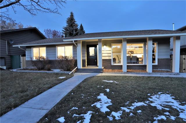 252 Parkland Crescent SE, Calgary, AB T2J 3Y5 (#C4217928) :: The Cliff Stevenson Group