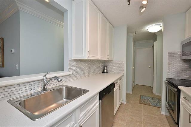 727 56 Avenue SW #109, Calgary, AB T2V 4Z8 (#C4222306) :: Redline Real Estate Group Inc