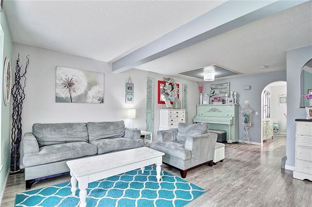142 Pinemeadow Road NE, Calgary, AB T1Y 4N9 (#C4226438) :: Redline Real Estate Group Inc