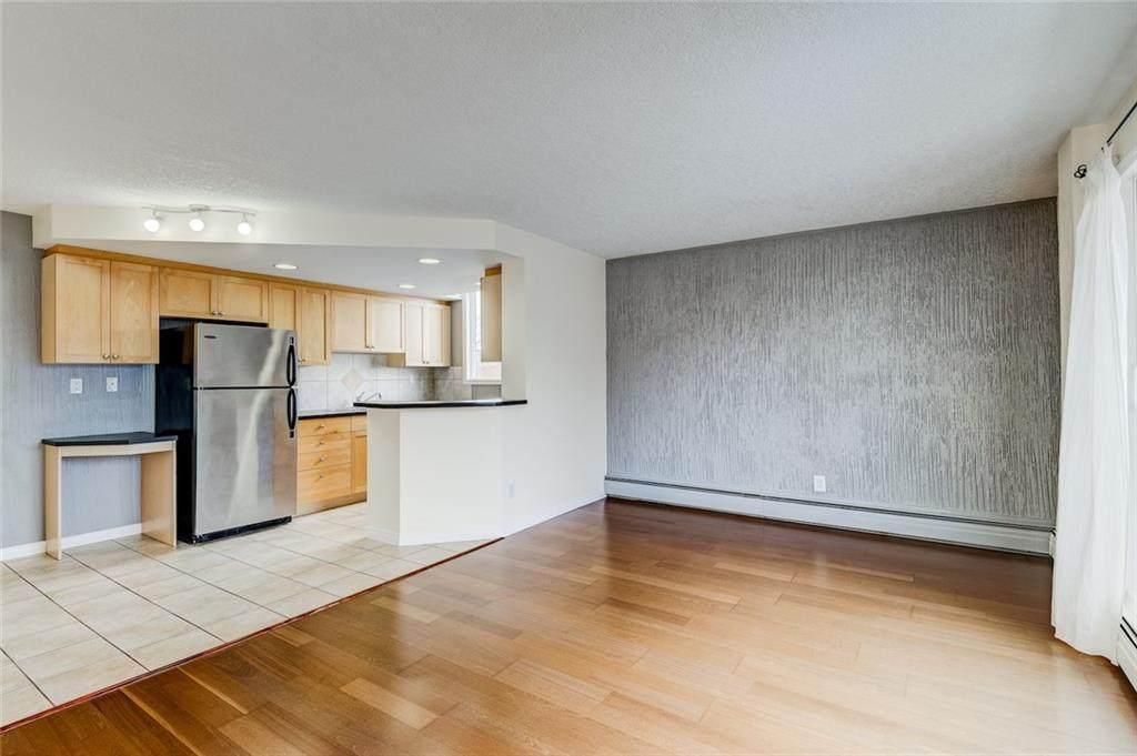 340 4 Avenue - Photo 1