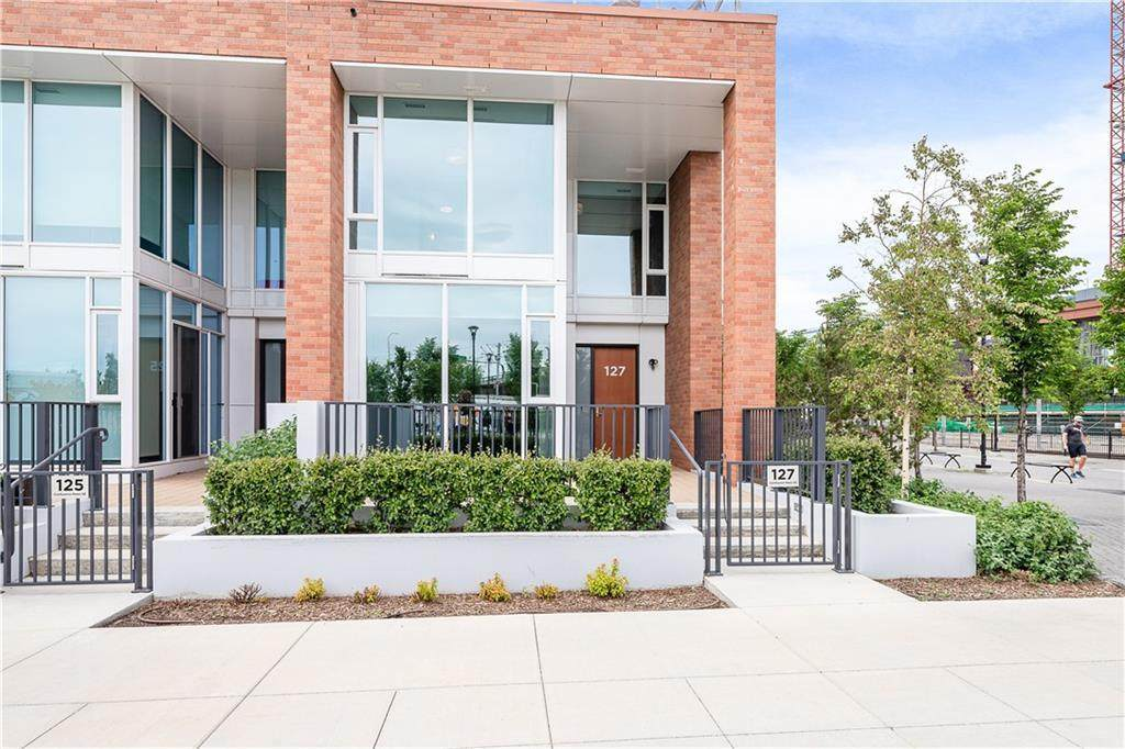 127 Confluence Mews - Photo 1