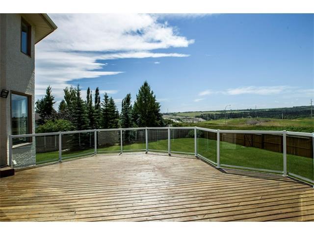 331 Wood Valley Bay SW, Calgary, AB T2W 5Y6 (#C4126458) :: Tonkinson Real Estate Team