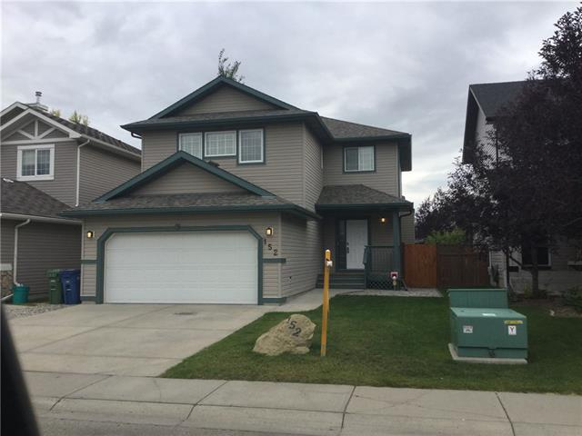 152 Fairways Drive NW, Airdrie, AB T4B 2R8 (#C4176889) :: Redline Real Estate Group Inc