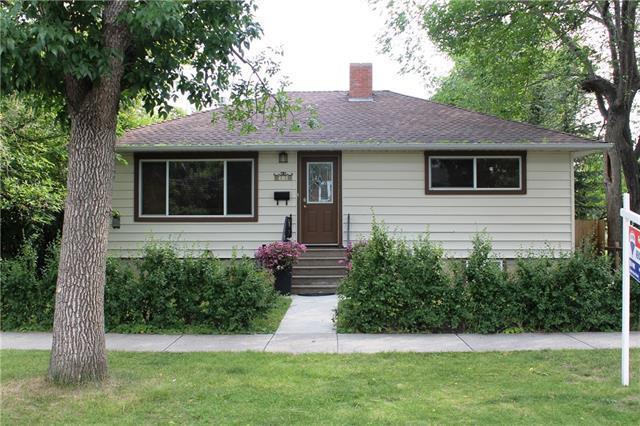 73 Elma Street, Okotoks, AB T1S 1J8 (#C4181783) :: Canmore & Banff