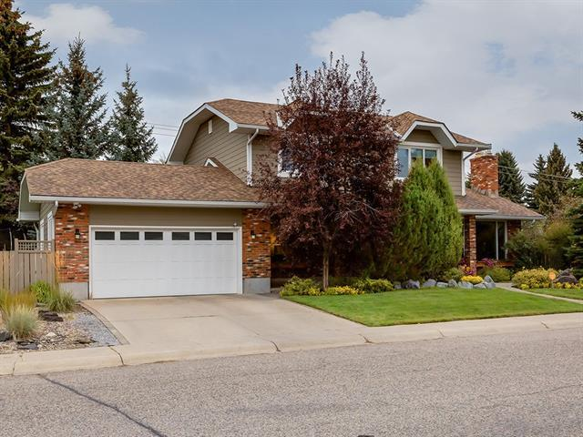 404 129 Avenue SE, Calgary, AB T2J 4A8 (#C4204283) :: The Cliff Stevenson Group
