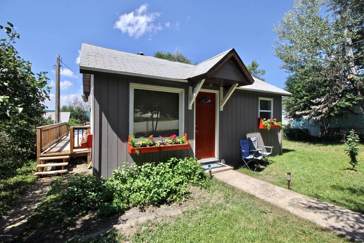 104 N Belle Fourche Ave - Photo 1