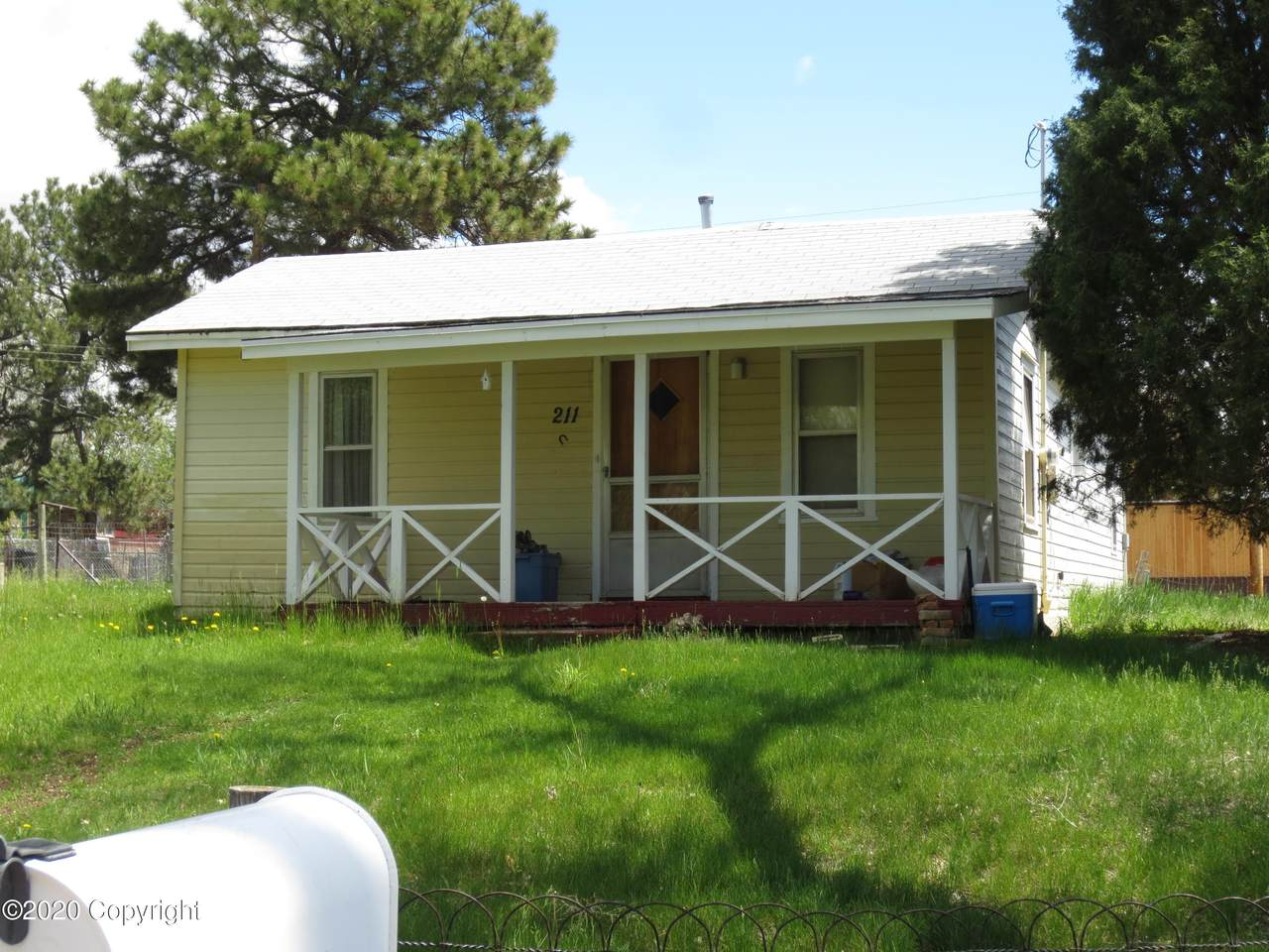 211 Forest Hill Way - Photo 1