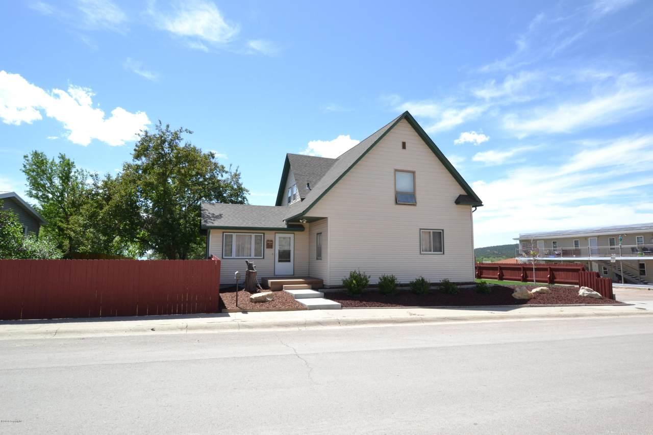 120 S Seneca Ave - Photo 1