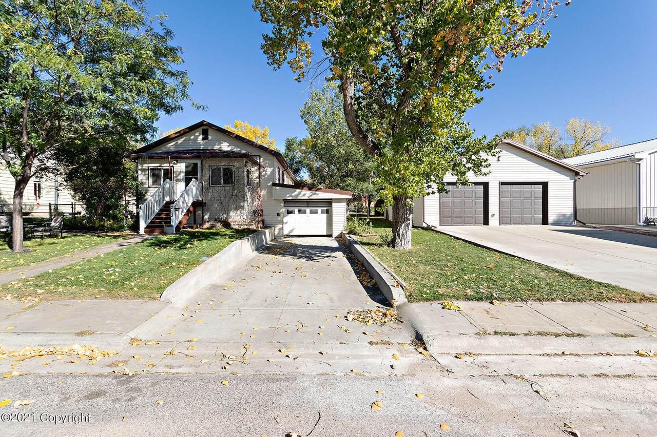 213 N Cheyenne Ave - Photo 1