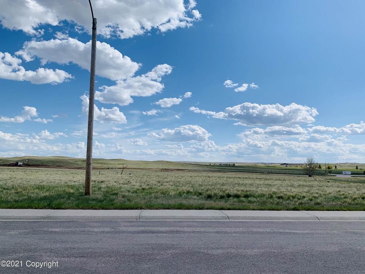 585 Hay Creek Rd - Photo 1