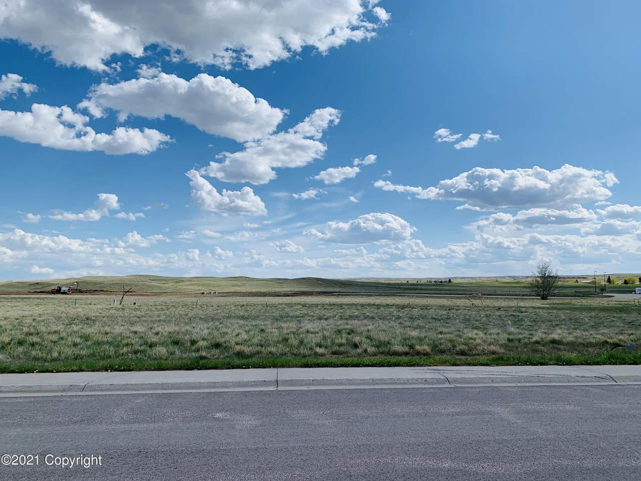 587 Hay Creek Rd - Photo 1