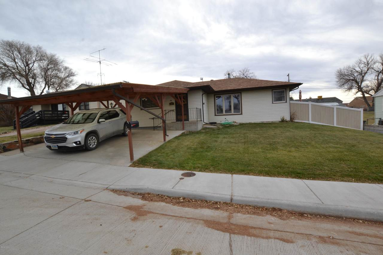 215 Frontier Ave - Photo 1