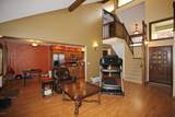 626 Overdale Dr - Photo 4