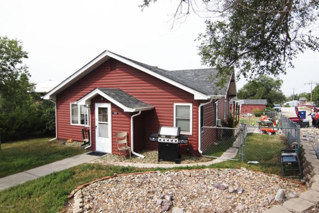 300 Little Horn Ave S, Moorcroft, WY 82721 (MLS #17-1092) :: Team Properties