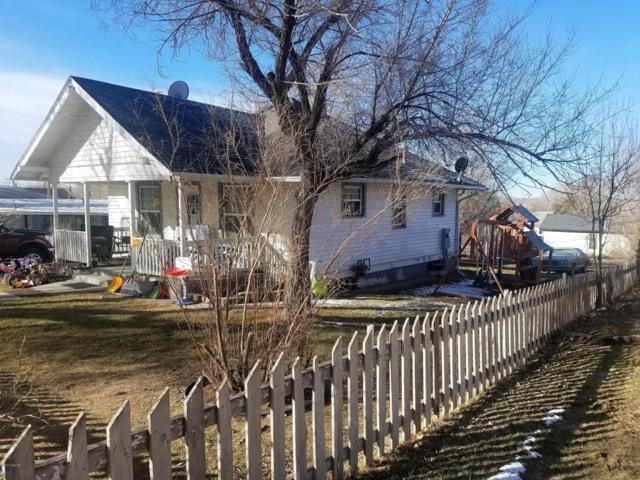 112 Belle Fourche Ave N, Moorcroft, WY 82721 (MLS #17-1258) :: 411 Properties