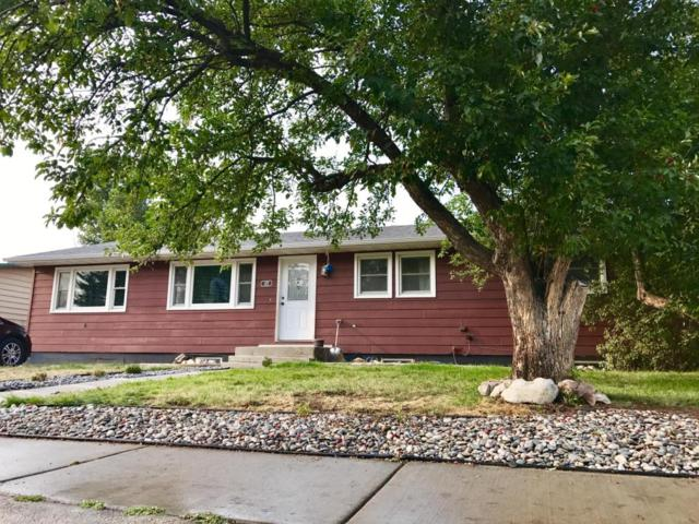 107 Sunset Dr E, Gillette, WY 82716 (MLS #17-1352) :: 411 Properties