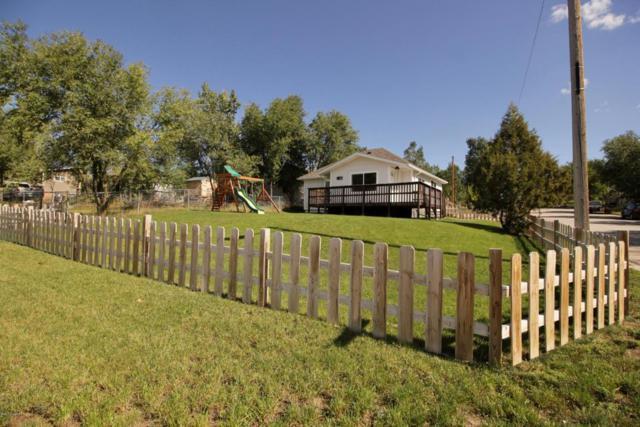 401 Yellowstone Ave N, Moorcroft, WY 82721 (MLS #17-1463) :: 411 Properties