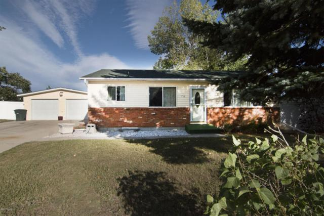 710 Apricot St -, Gillette, WY 82716 (MLS #17-1471) :: Team Properties