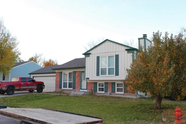 810 Wagon Trail St -, Gillette, WY 82718 (MLS #17-1591) :: Team Properties