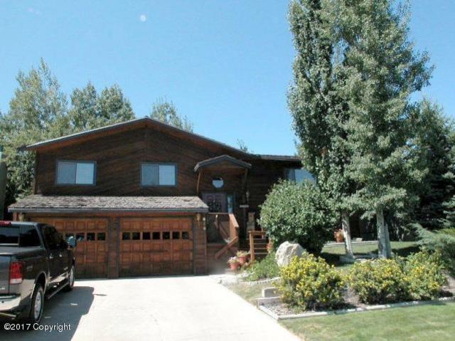 910 Pioneer Ave -, Gillette, WY 82718 (MLS #17-34) :: Team Properties