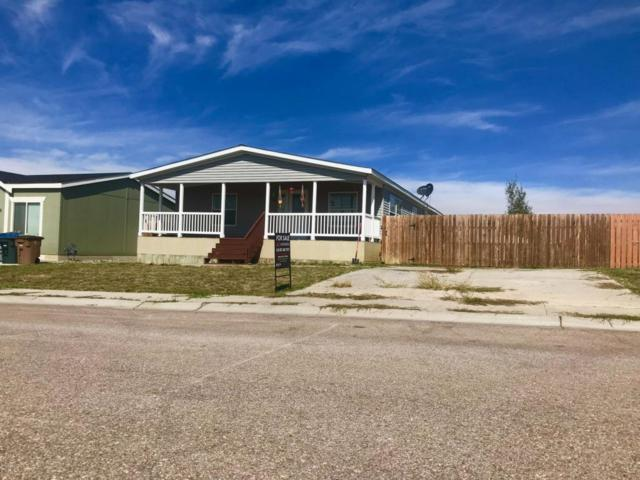 2707 Ironwood St -, Gillette, WY 82716 (MLS #18-1452) :: 411 Properties