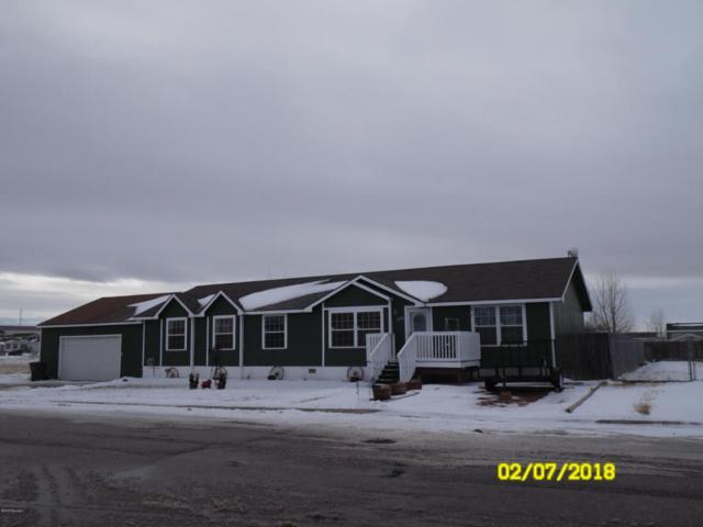 1703 Limecreek Ave -, Gillette, WY 82716 (MLS #18-152) :: 411 Properties
