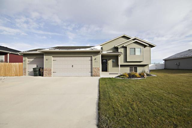 1401 Estes Ln -, Gillette, WY 82716 (MLS #18-1576) :: Team Properties