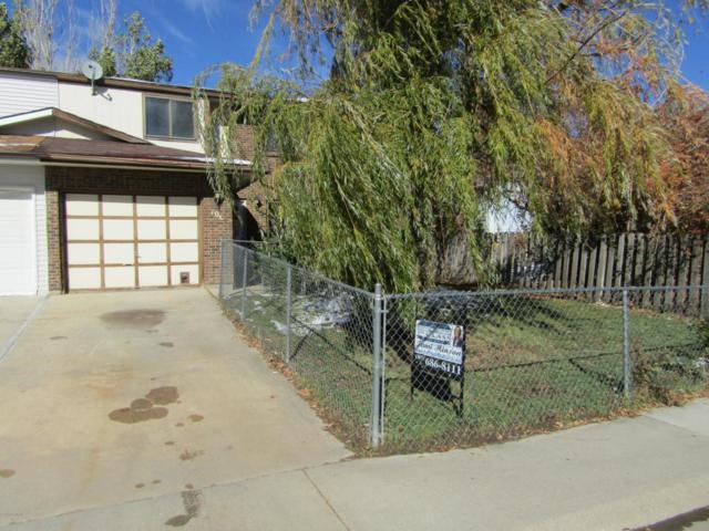 106 W Laurel St W, Gillette, WY 82718 (MLS #18-1588) :: Team Properties