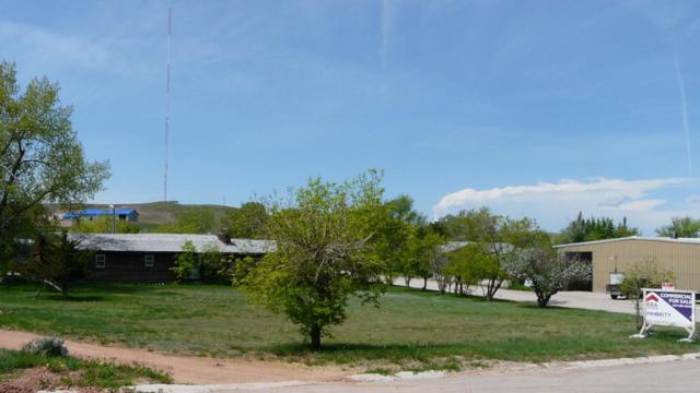 1007 Chickasaw Ave, Gillette, WY 82718 (MLS #18-1649) :: 411 Properties