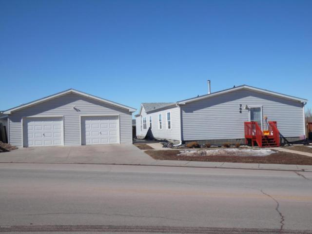 706 Shoshone Ave -, Gillette, WY 82718 (MLS #18-289) :: Team Properties