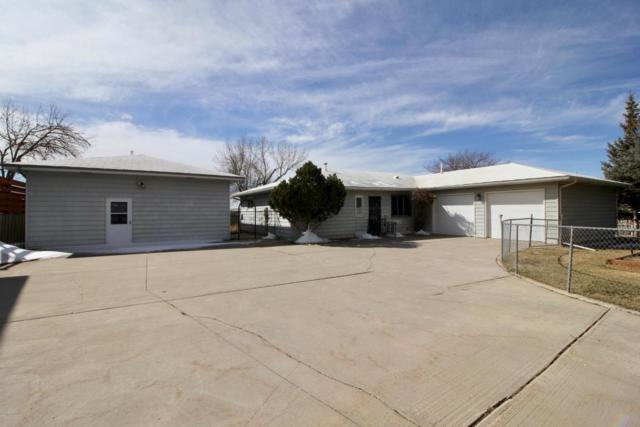 413 12th St W, Gillette, WY 82716 (MLS #18-347) :: Team Properties