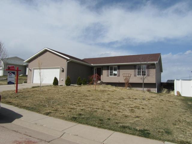 1418 Beaver Dr W, Gillette, WY 82718 (MLS #18-517) :: Team Properties