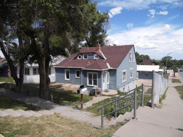 611 Warren Ave, Gillette, WY 82716 (MLS #18-580) :: Team Properties